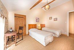 Le Gargantua   Pantagruel Bedroom   Twin Bedroom